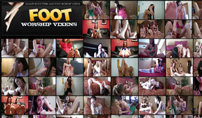 Foot Worshipping Clips